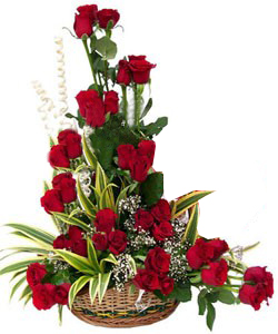 40 Red Roses One Sided in a Basketsend-flower-Shanthinagar