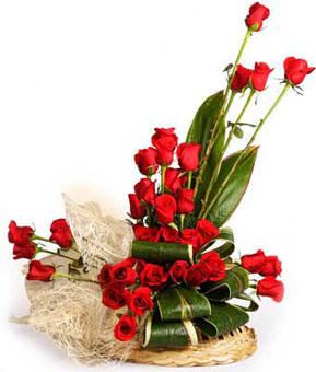 Arrangement of 40 Red Roses with Jutesend-flower-Kamagondanahalli
