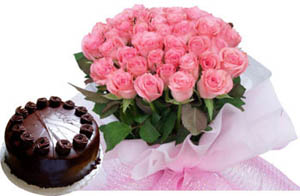 Bunch of 20 Pink Roses in Paper Packing & 1/2KG Chocolate Cake send-flower-Goraguntepalya