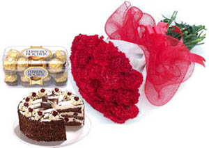 Bunch of 15 Roses & 1/2KG Pinapple Cake & 16Pec Rocher Chocolate