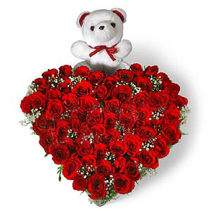 Heart Shape Arrangement of 50 Red Roses with Small Cute Teddy send-flower-Mundur
